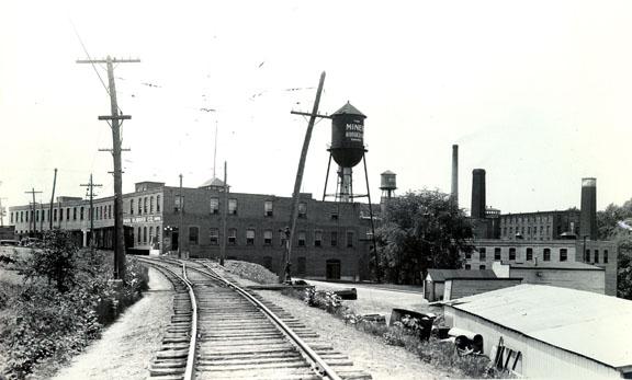 La Miner Rubber, vers 1935. (Fonds Horace Boivin, Société d'histoire de la Haute-Yamaska)