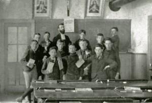 classe de garçon de l'école Saint-Bernardin de Waterloo