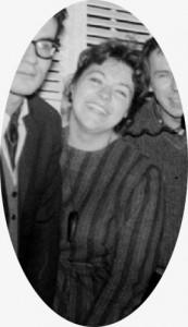 France Arbour commence sa croisade culturelle dans la seconde moitié des années 1950. À travers cette quête, elle inscrit la place de la femme dans l'espace public.