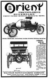 L'Orient buckboard était une voiture simple, construite sur le modèle d'un buckboard, une voiture à cheval à quatre roues. Assez populaire, cette automobile a été commercialisée entre 1903 et 1908.