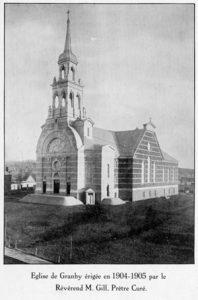 Carte souvenir de la bénédiction des autels, des cloches et de l'église du Coeur très pur de Marie de Granby, jeudi, le 24 mai 1906 (Collection SHHY)