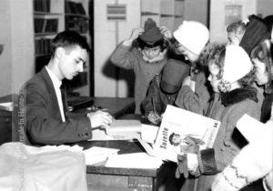 Sise dans l'ancien bureau de poste, la bibliothèque municipale de Granby est populaire auprès des jeunes. (SHHY, photo: La Voix de l'Est)